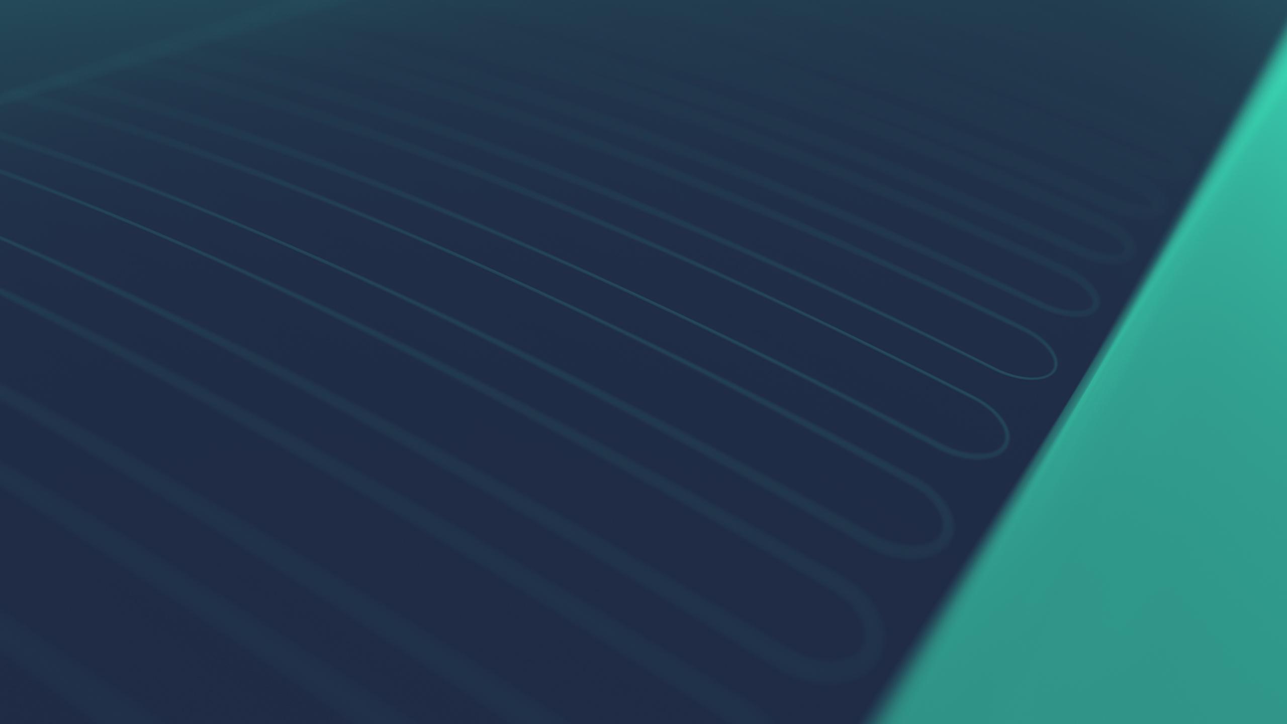 ZONNEPANELEN Voor het zonnedek wordt gebruik gemaakt van dunne film zonnepanelen, ook wel CIGS zonnepanelen genoemd. Deze panelen bieden veel perspectief voor toepassing doordat ze buigbaar zijn en veel duurzamer geproduceerd kunnen worden als silicium cellen. CIGS panelen hebben op het moment nog een lagere efficiëntie dan sommige andere type zonnepanelen, maar er wordt nog veel onderzoek gedaan naar de mogelijkheden van CIGS panelen waardoor ze een hoge potentie hebben. Met behulp van speciale apparaten (MPPT's) wordt het maximale vermogen, dat de zonnepanelen kunnen leveren, geoptimaliseerd afhankelijk van o.a. lichtsterkte en temperatuur. Zo wordt de energie die wordt opgevangen door de panelen efficiënt omgezet in elektrische energie.